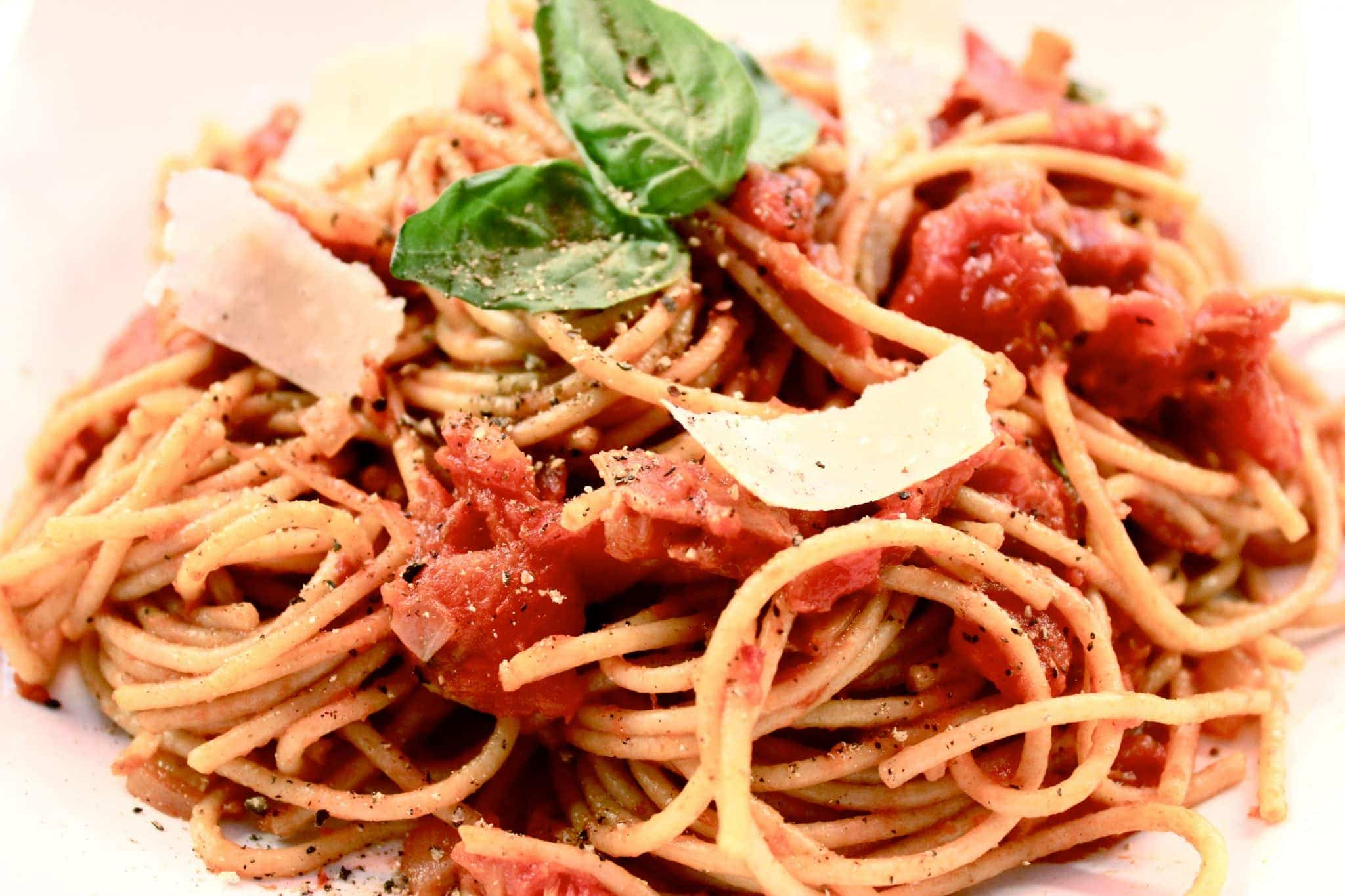 It's easy to see why this spaghetti dish is among the Italian main dishes.