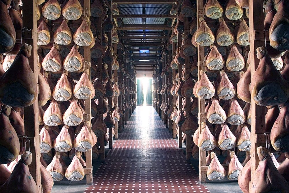 Drying prosciutto